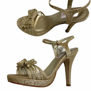 Dyeables bow gold glitter strappy heel size 7